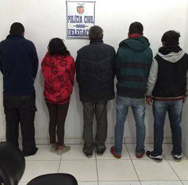 Quatro são presos por estupro colet...