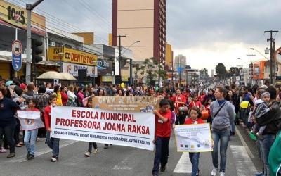 Atos cívicos marcam celebração da I...