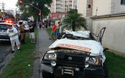 Homem fica ferido em acidente no bairro Pinheirinho, em Curitiba