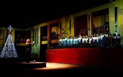 Cantata abre o Natal no Bairro Novo...