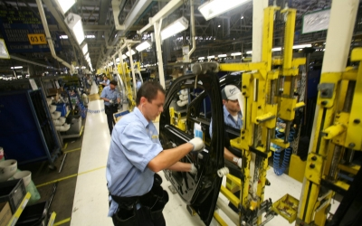 Indústria do Paraná fecha o ano com crescimento acima de 5%