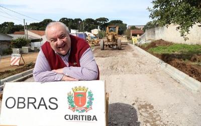 Greca anuncia obras de pavimentação...