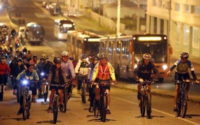 Pedala Curitiba volta às ruas das d...